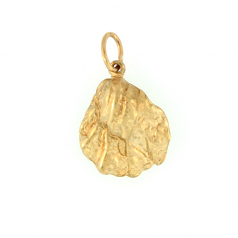 Cat's Paw Shell Pendant